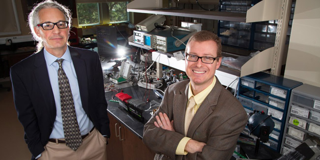 Dr. Thomas Rich, right, and Dr. Silas Leavesley, left, are working to provide an advanced gastrointestinal endoscope for colorectal cancer detection through SpectraCyte. The Mobile-based startup won a $5,000 preliminary data grant from Alabama Launchpad.
